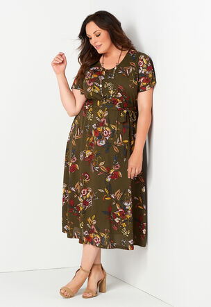 Women\'s Plus Size Dresses & Skirts, Sizes 14-24 | Christopher & Banks®