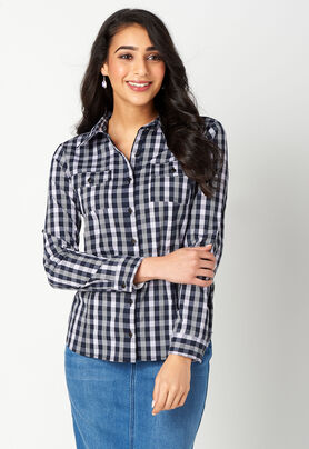 f65658b8c1 Women s Petite Gingham Essential Shirt from Christopher   Banks®