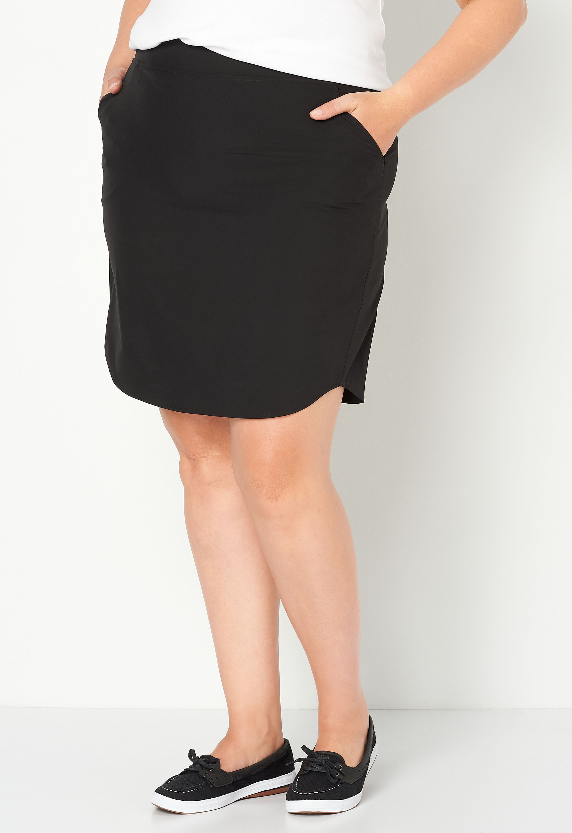 Relaxed Restyled Woven Plus Size Skort